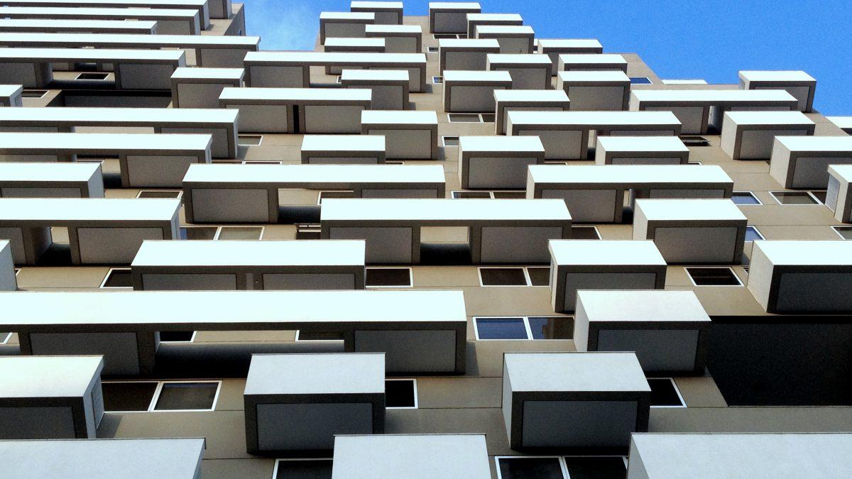 Meer onveilige balkons portiekflats ontdekt