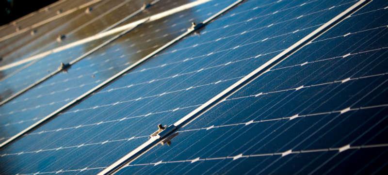 Beste richting voor zonnepanelen op een dak