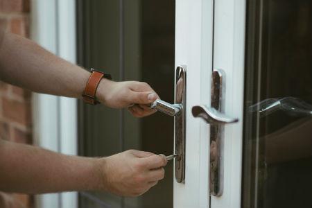 Voordeurslot in veel gevallen niet veilig, wat kunt u doen?