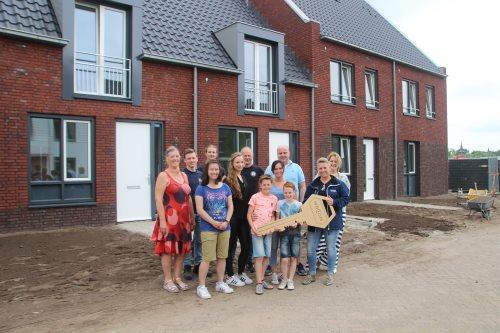 Eerste 'energieneutrale' huurwoningen van Laarbeek opgeleverd