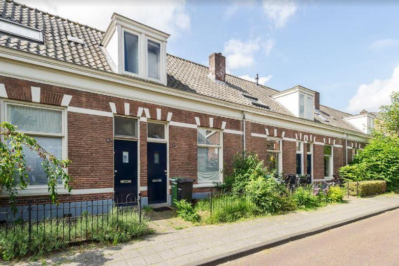 Verduurzaming 61 historische huurwoningen in Wijkje 77 in Amersfoort